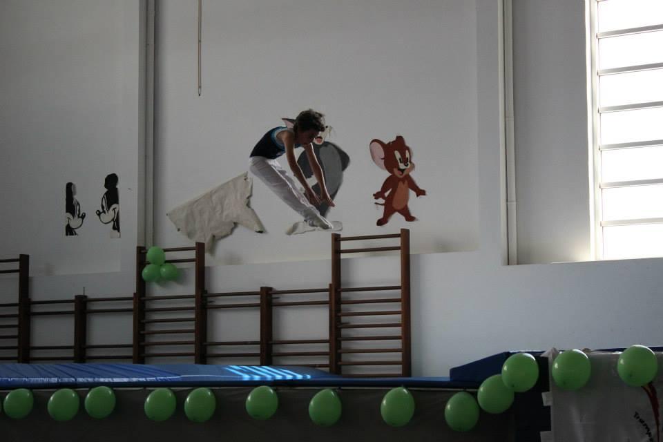 1 trampolins mortal em direto