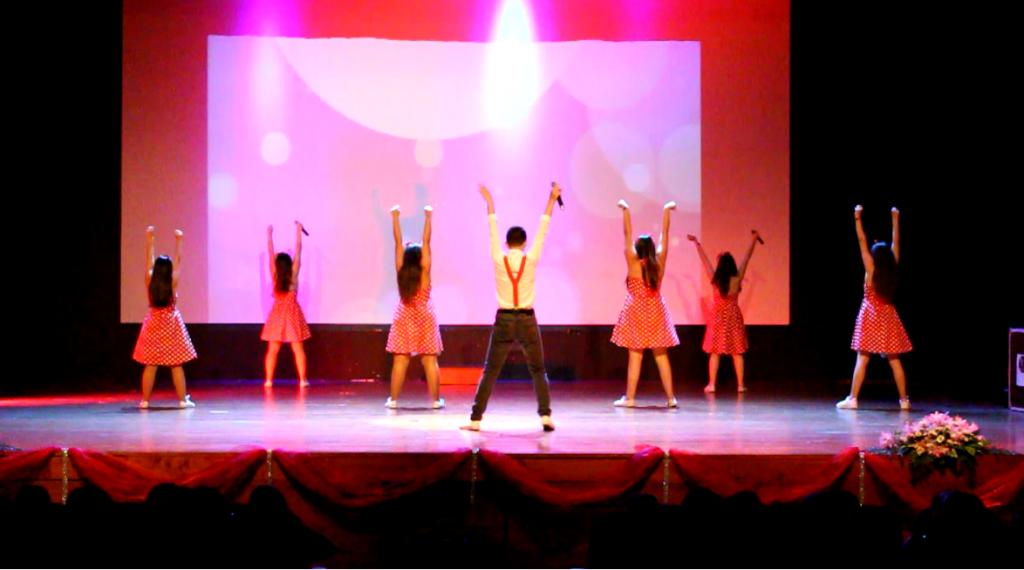d-the-company-em-palco
